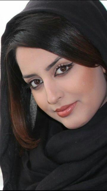 ارملة عراقية في قطر ابحث عن زوج مخلص ملتزم طيب القلب