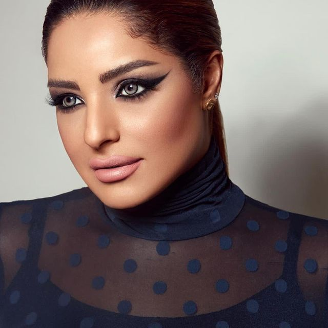 الفنانة الكويتية مرام البلوشي فيسبوك و سناب و تويتر و انستقرام