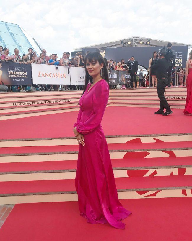 صور الممثلة السعودية دينا الشهابي فيسبوك و انستقرام و سناب و تويتر