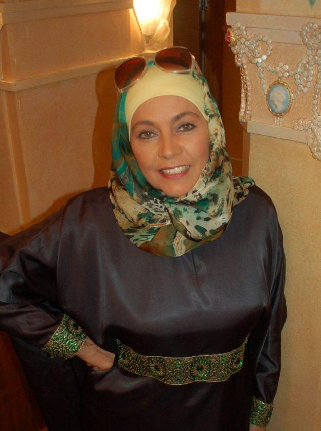 ارملة عربية الاصل امريكية الجنسية للزواج المعلن الجاد في امريكا مع رقم الهاتف