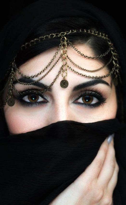الزواج في قطر مطلقة قطرية تبحث عن زوج و لديها سكن للزوجية
