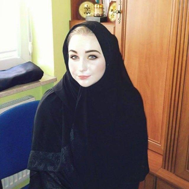 زواج المطلقات في كندا ابحث عن زوج مسلم جاد من اي جنسية مع رقم الهاتف