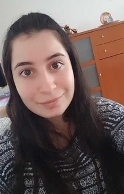 عربية شابة مقيمة في فرنسا اريد تعارف و صداقة جادة بقصد الزواج في فرنسا