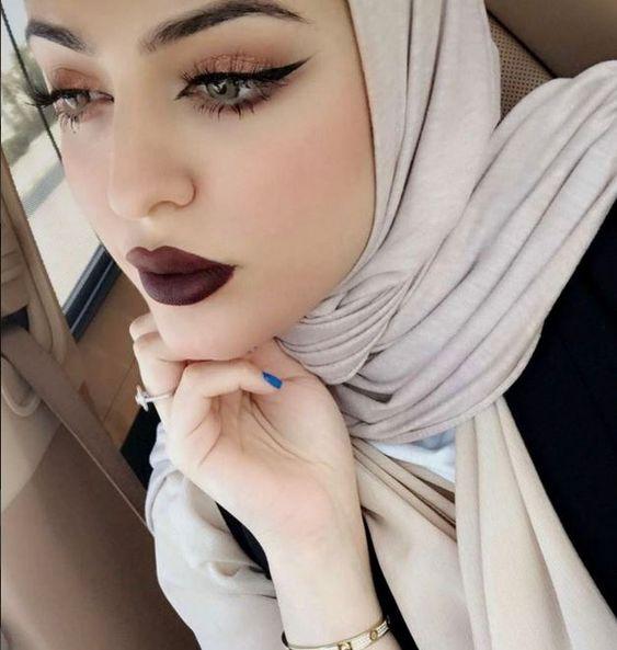 مسلمة كندية الجنسية اعيش في كندا اريد الزواج من شاب مسلم