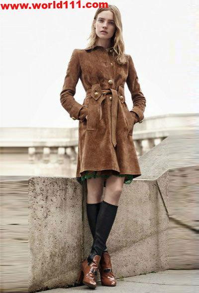 افكار لارتداء الأحذية مع المعطف بالصور